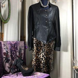 Vintage 90s Velvet leopard print knee length skirt