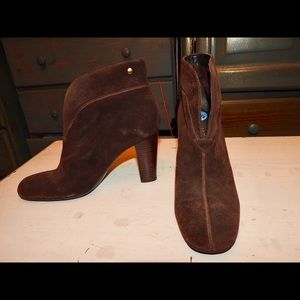 CHARLES DAVID BROWNSUEDE ANKLE BOOTS BOOTIES