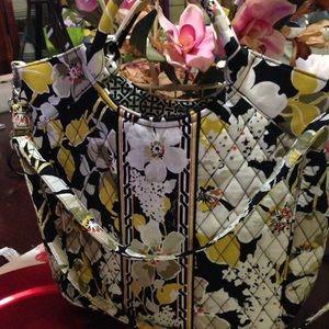 Vera Bradley Handbags - Authentic Vera Bradley handbag/shoulder bag