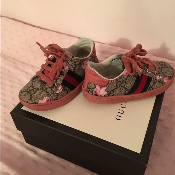 dad0778e2329 Gucci Other - Toddler size 6 Gucci shoes