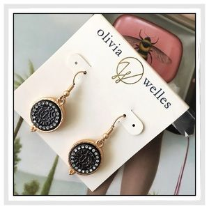 ✨Olivia Welles Dharma Crystal Earrings✨