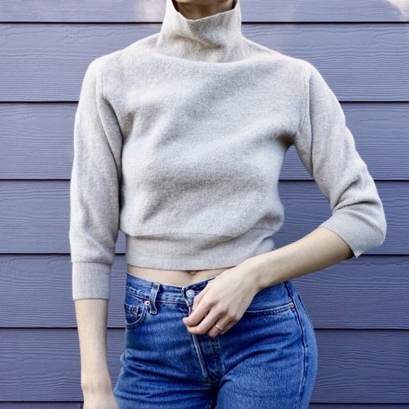3654402f6b5 Wilfred cropped turtleneck sweater