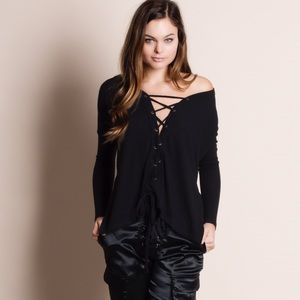 Lace Up Long Sleeve Top (black)