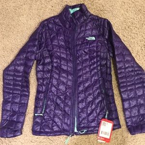 The North Face Jackets & Coats - NWT The North Face Thermoball Full Zip Jacket XS