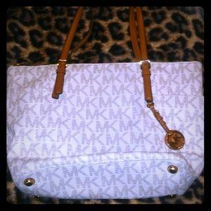 Handbags - Michael Kors Tote Handbag