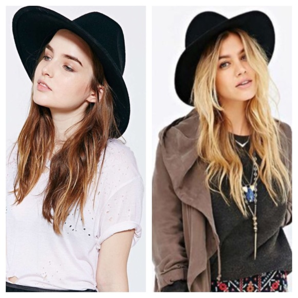 0949bb7777c8e Ecote black hat from Urban Outfitters