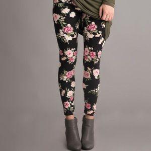 Hot Kiss Pants - Floral Leggings 🌺🌼🌸🌺🌼🌸🌺