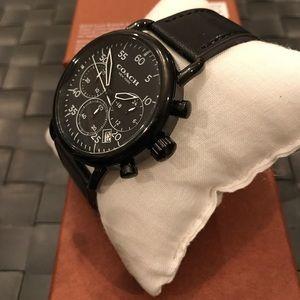 Coach Accessories - 💥SALE💥Coach leather strap Watch
