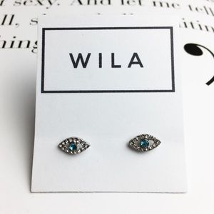 LAST 1! Crystal stud earrings blue eye boho silver