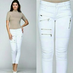 Denim - White zipper moto jeggings