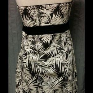 5561d4e16f41 H&M Dresses   Tropical Leaves Black And White Hm Tube Dress   Poshmark