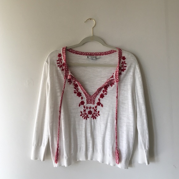 9ee71b2c218e0a Forever 21 Tops - White peasant top with red embroidery