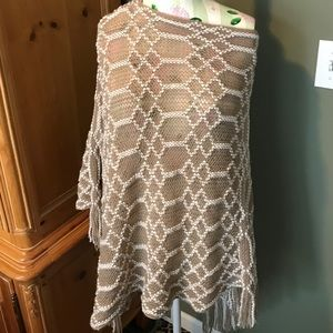 Sweaters - Beige & cream shawl