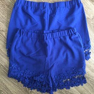 Bundle of 2 shorts.