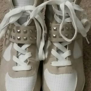 Shoes - Grey wedge booties