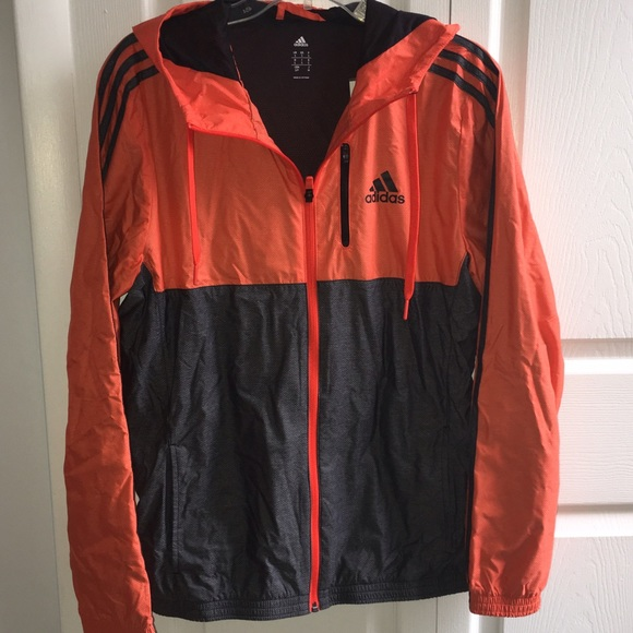 df6521dca691 SALE ⭐ Adidas essential Woven Jacket Windbreaker