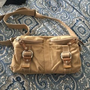 Fossil Handbags - In love with this tan fossil purse!