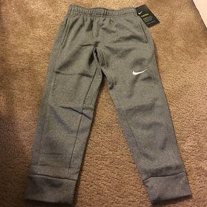Nike Other - Nike Therma dri fit NWT hthr grey boys pants