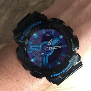 G-Shock Other - Men's G-shock in black purple and teal