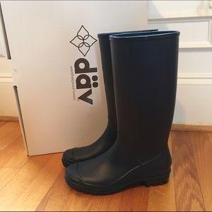 Däv, Brand New Navy Rain Boots, Size 7