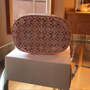Tory Burch Handbags - Authentic Tory burch pink cosmetic bag or clutch