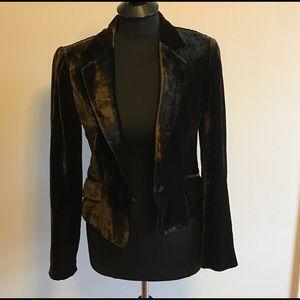 Zara Jackets & Blazers - 💕✨HP✨💕 Zara Velvet Blazer