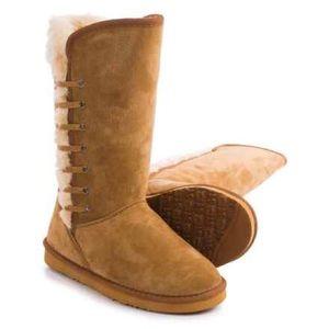 Lamo Shoes - Women's Lamo Laced Faux Shearling Boots Sz8
