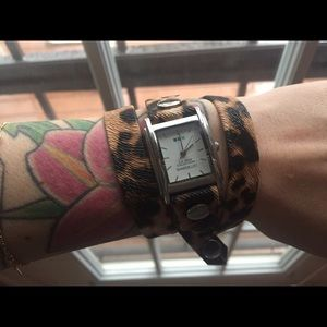 La Mer Jewelry - Leopard print wrap watch
