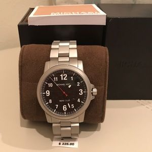 Michael Kors Other - 💥SALE💥 Elegant MK Stainless Steel Watch