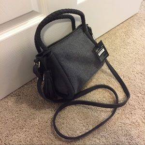 Mini crossbody bucket bag