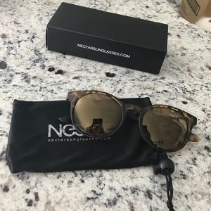 Nectar Accessories - NWT Nectar Polarized Sunglasses 😎