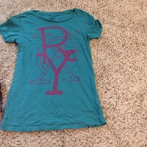 Teal and purple t shirt🔆