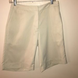Izod Pants - IZOD shorts x-tray dry size 6.