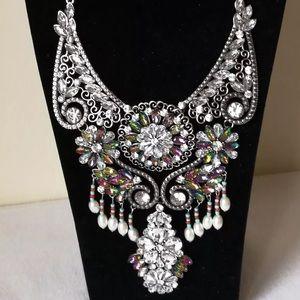 Jewelry - New Silver Luxury Vintage Ins Bib State. Necklace