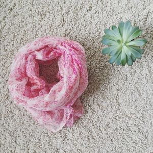 Accessories -  NWT pink and white scarf