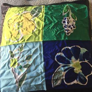 GAP Accessories - Square silk scarf