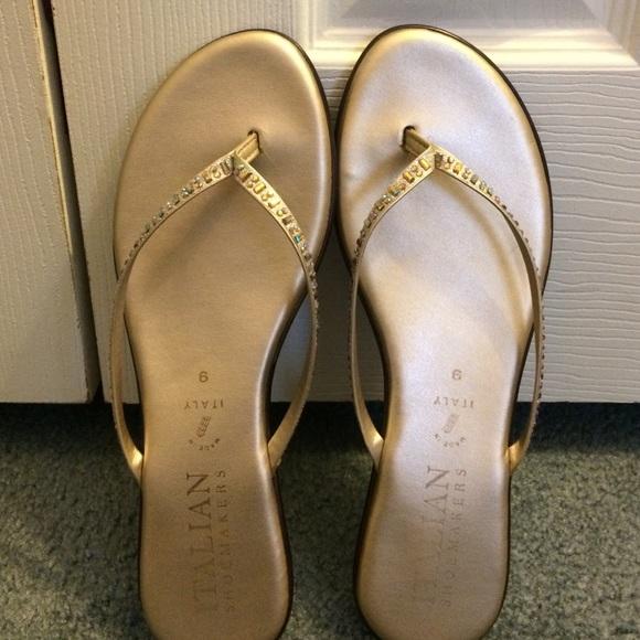 824e3d17d8e9f Italian Shoemakers flip flops. M 586ac3853c6f9f3149019bdc