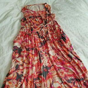 Liz Lange Maternity dress with pockets