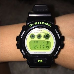 G-Shock Other - G-Shock water resistant watch (LIKE NEW)