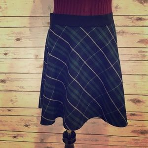 Plaid mini flair skirt