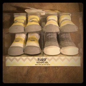 Baby Essentials Other - Newborn 👶🏻 sock set !