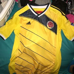 Other - JAMES RODRIGUEZ COLOMBIA JERSEY⚽️⚽️