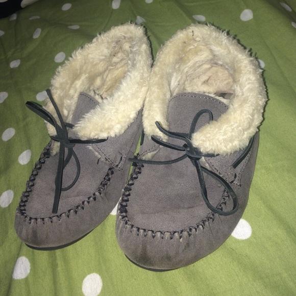 def2b1f647d4 Minnetonka Shoes | Stole By Katlyn Bootie Slippers | Poshmark