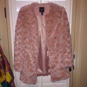 Forever 21 Jackets & Blazers - Dusty pink faux fur coat