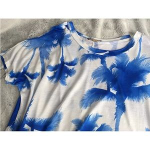 Tops - $10 & UNDER SALE! White & Blue Palm Tree Print Top