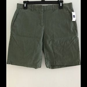 GAP Khaki Green Shorts