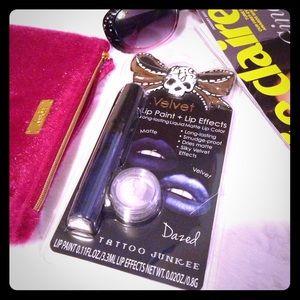 Tattoo Junkee Other - {HP} TATTOO JUNKEE Velvet Lip Kit in Dazed