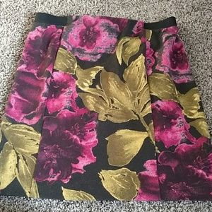 Beautiful Mini Skirt!