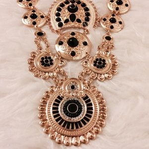Steve Madden Jewelry - Gold & Black Coin Medallion Statement Necklace