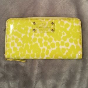 Kate Spade Daycation Lacey Wallet